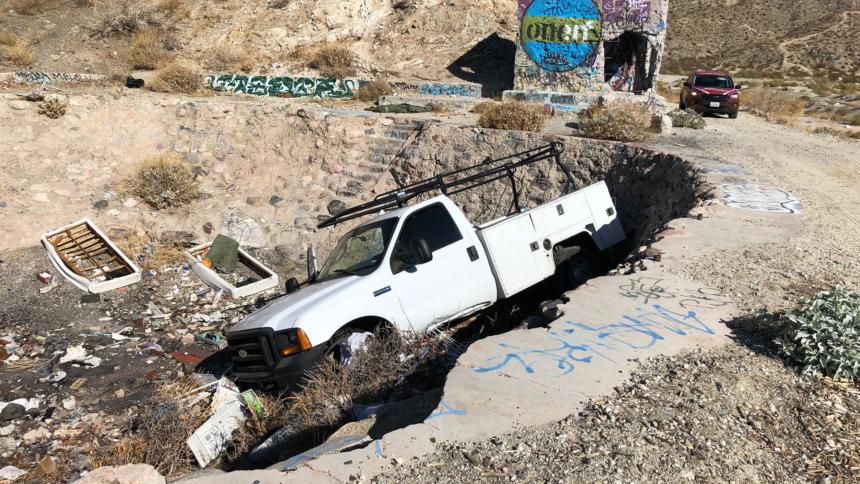 11-25-stolen-truck-crash-web-crop