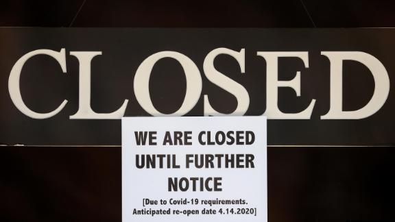 200406170305-02-closed-sign-michigan-live-video