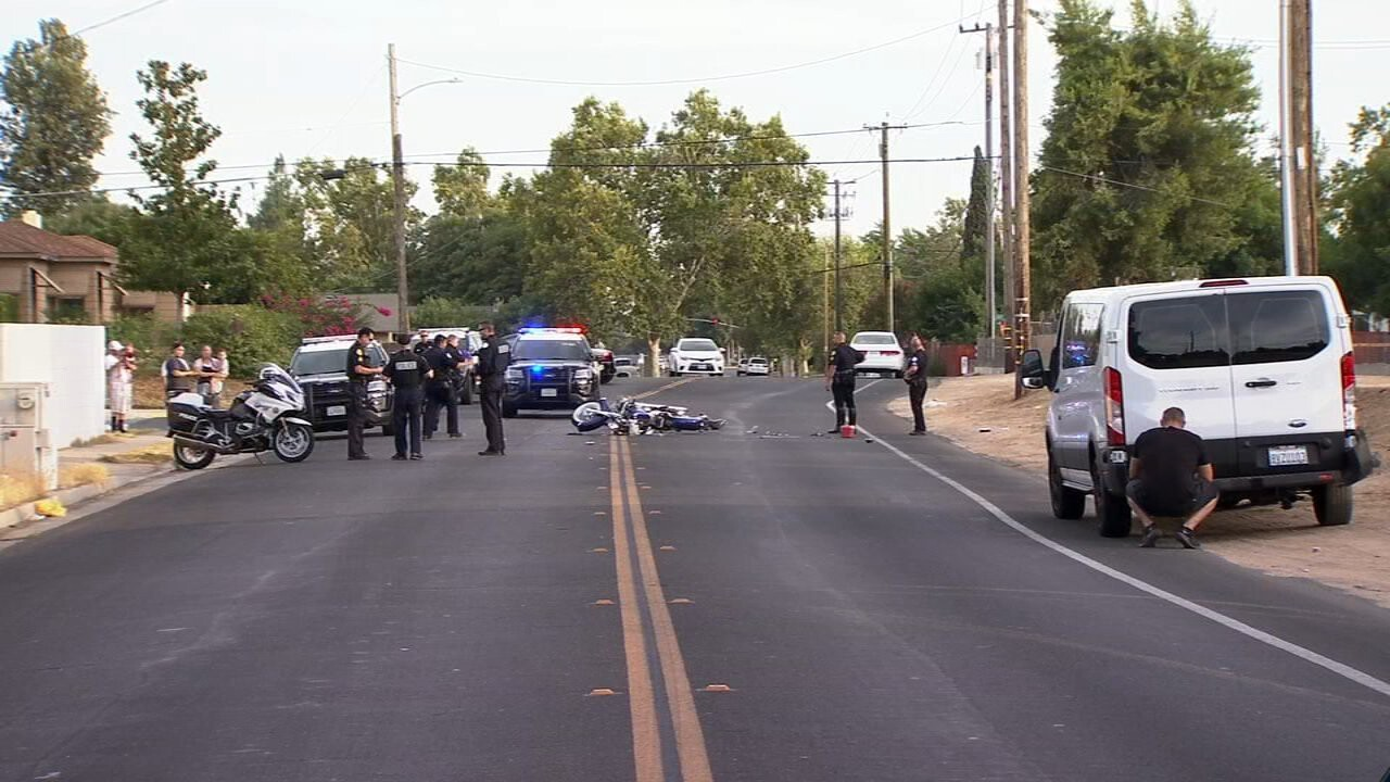 <i>KFSN</i><br/>A motorcyclist has been hospitalized with major injuries after crashing with a van in central Fresno.