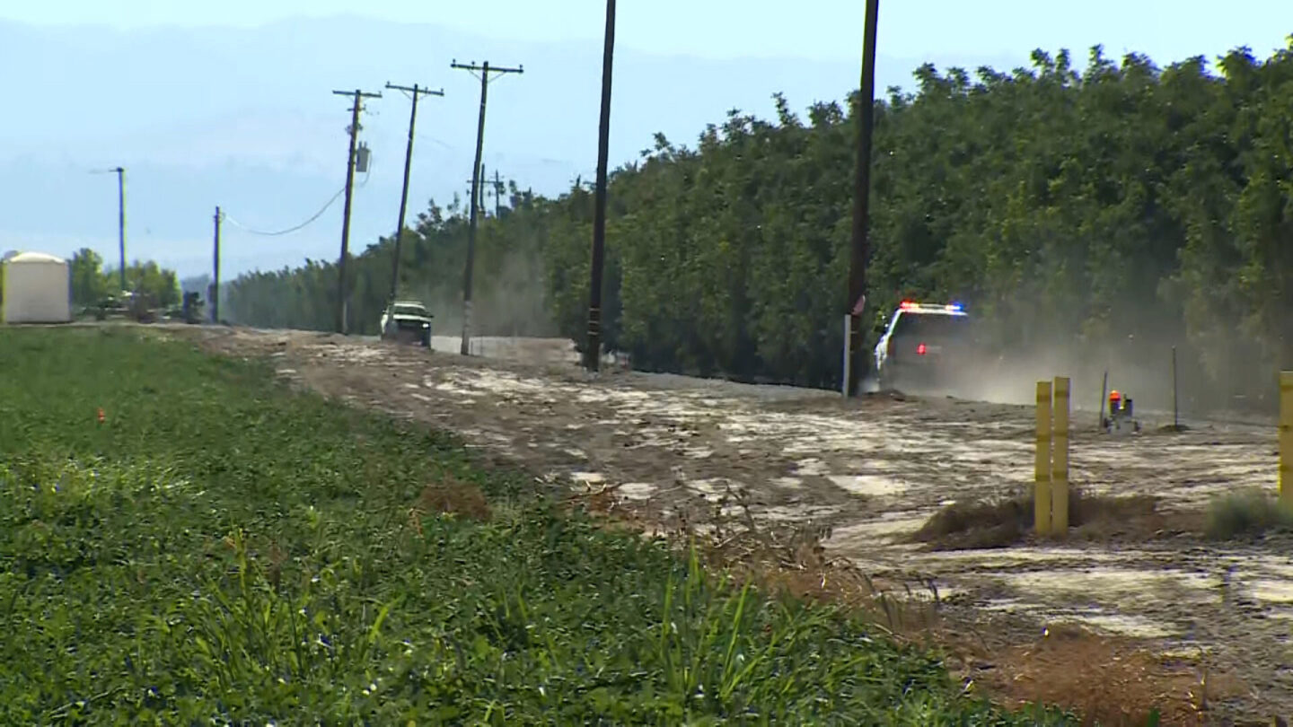 <i>KOVR</i><br/>Police on their way to the site of the helicopter crash in Colusa